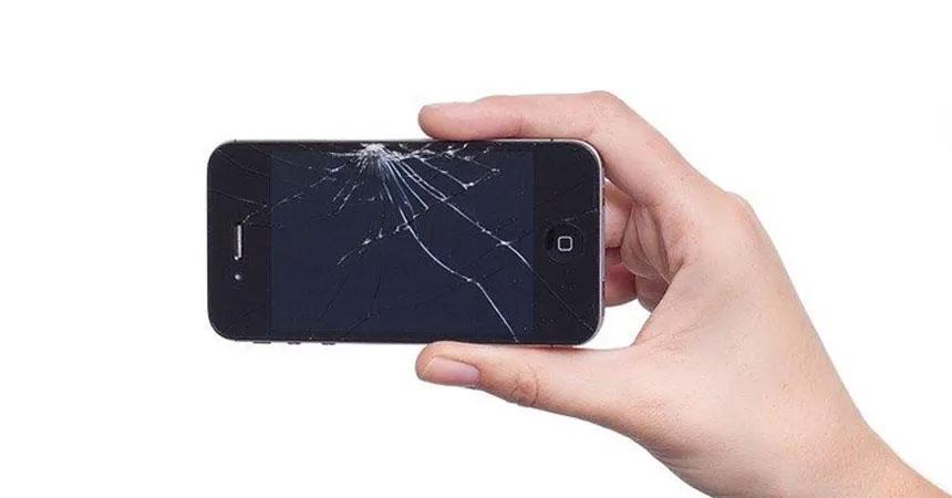 O que fazer com o iPhone quebrado? E com a tela?